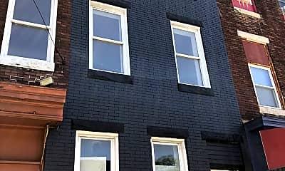 Building, 2605 Greenmount Ave, 1