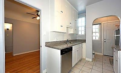 Kitchen, 630 Naranja Dr, 2