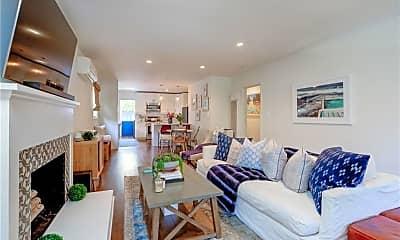 Living Room, 1039 8th St, 1