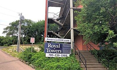Royal Towers, 1