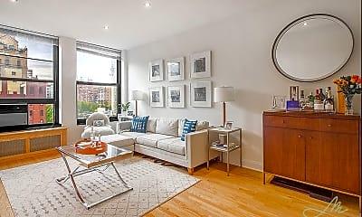 Living Room, 105 E 92nd St, 1