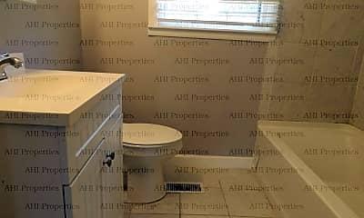 Bathroom, 2108 Linde Street, 2