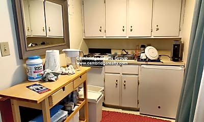Kitchen, 48 Kirkland St, 1