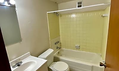 Bathroom, 92 Forest Ave, 1