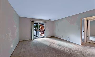 Living Room, 12800 Portulaca Dr J, 1