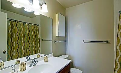 Bathroom, Summer Ridge, 2