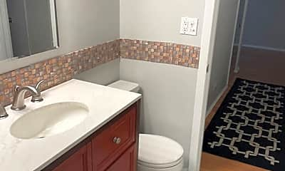 Bathroom, Grand Park, 2