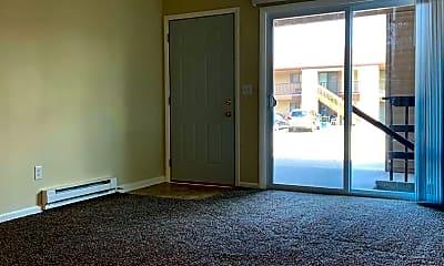 Living Room, 1316 Honeysuckle Ln, 1