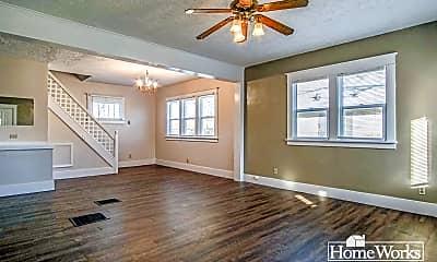 Living Room, 923 S 30th St, 1