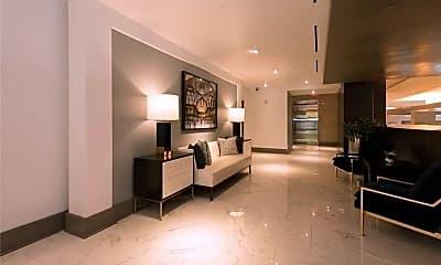 Living Room, 1065 Peachtree St NE 2901, 2
