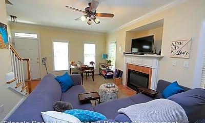 Living Room, 316 Pine Nut Ln, 1