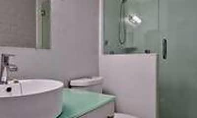 Bathroom, 716 Daffodil Ave, 1
