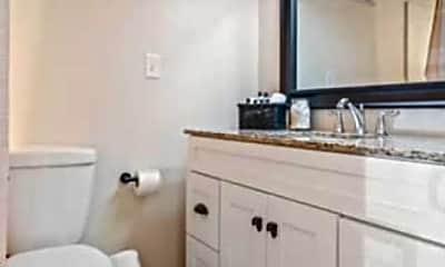 Bathroom, 1 Bayou Dr, 2