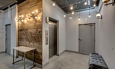 Bathroom, 1023 N Ashland Ave 209, 2