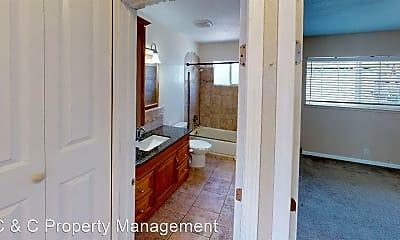 Bathroom, 138 Kittoe Dr, 1