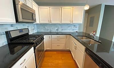 Kitchen, 2424 Lyndale Ave S, 1