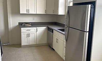 Kitchen, 1044 Judah St, 1