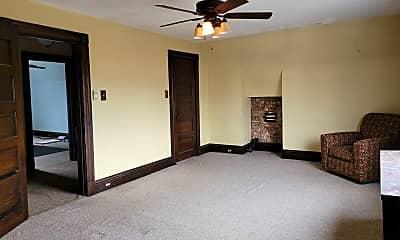Bedroom, 211 Bigham St, 2