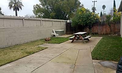 Patio / Deck, 2621 Edison Ave, 1