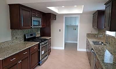 Kitchen, 9633 Laurel St, 1