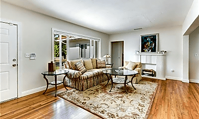 Living Room, 340 Candia Ave, 0