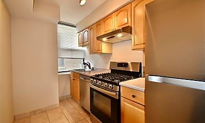Kitchen, 2600 John F. Kennedy Blvd 3L, 1
