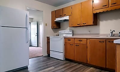 Kitchen, 372 26th Ave SW, 1