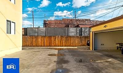 Building, 1616 W 39th Pl, 1