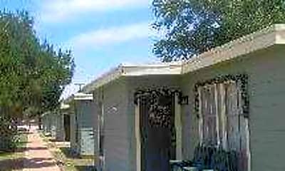 Pine Grove Villas, 2
