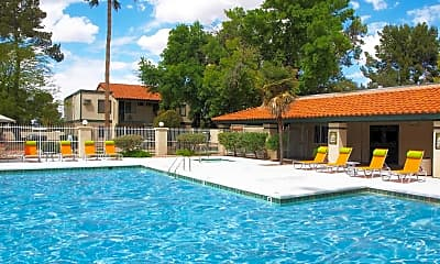 Pool, El Conquistador, 0