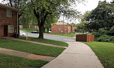 College Hill Apartments, 2