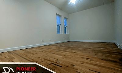 Living Room, 2349 N Drake Ave, 0