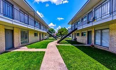 Building, Gayle Villa Apartments, 1