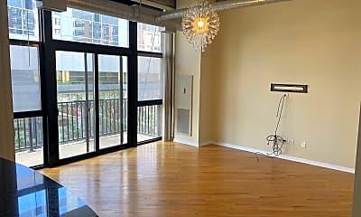 Living Room, 210 S Desplaines St APT 304, 1