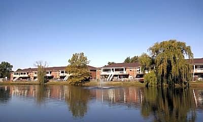 Lake, Remington Court, 0