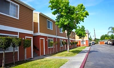 Plymouth Manor Apartments, 1
