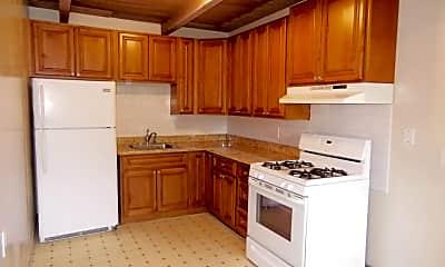 Kitchen, 520 Hilton St, 1