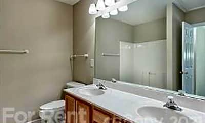 Bathroom, 12312 Bluestem Ln, 2