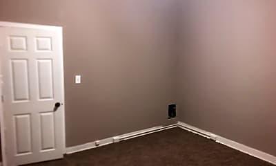 Bedroom, 501 N Robinson St, 1