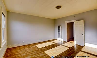 Living Room, 630 40Th Ave, 1