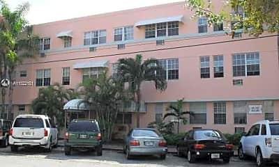 Building, 1006 Bay Dr 815, 2