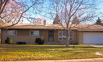 Building, 3680 S Glencoe St, 1