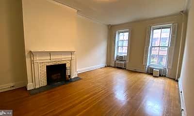 Living Room, 1527 Pine St 2, 1
