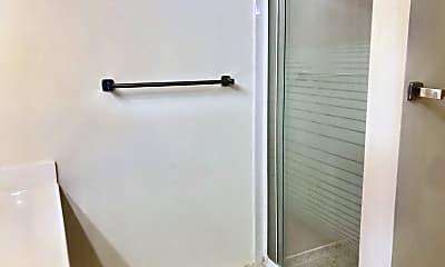 Bathroom, 1619 Gainesville St SE, 2