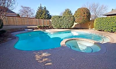 Pool, 7517 Crested Butte Dr, 2