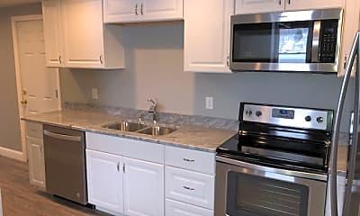 Kitchen, 5 Smith Ln, 1