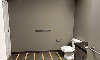 Bathroom, 34 S Erie St, 2