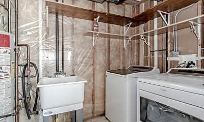 Bathroom, 1628 Fieldstone Dr N, 2