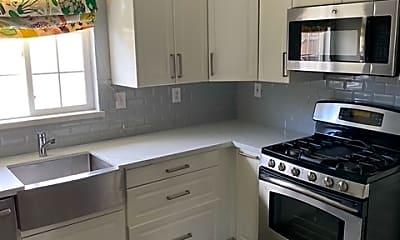 Kitchen, 1267 Middlefield Ave, 1