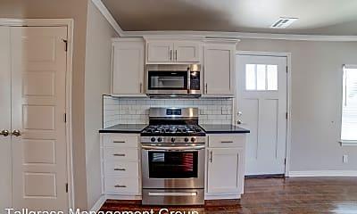 Kitchen, 2626 E 8th St, 1